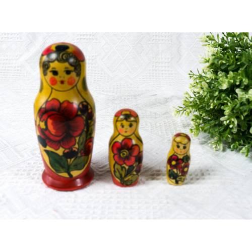 Matroschka, Matruschka, Matrjoschka, Babuschka, 3 teilig, Russische Puppe, alt, Vintage