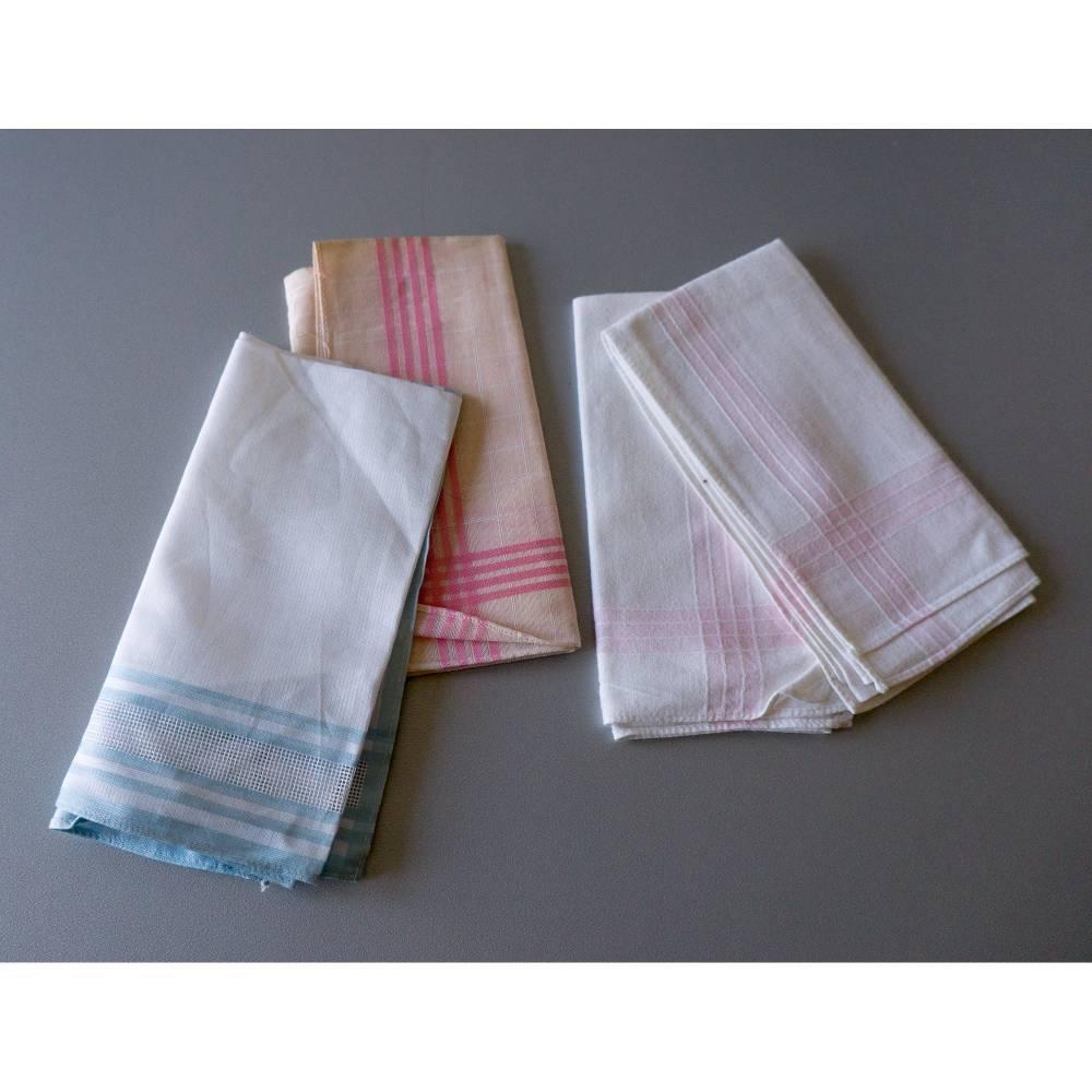 Vintage Taschentücher, alte Stofftaschentücher, benutzt, guter Vintage-Zustand, Taschentücher, 1960er Jahre, Baumwollsto Bild 1