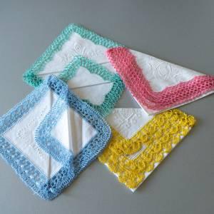 Vintage Taschentücher, alte Stofftaschentücher, mit handgefertigter Spitze, Taschentücher, 1960er Jahre, Baumwollstoff u Bild 1