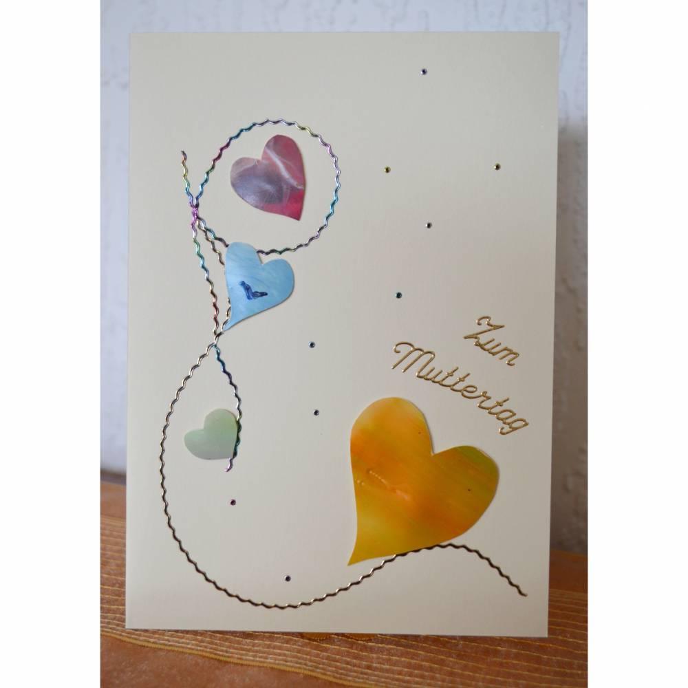 Zauberhafte Karte mit Herz zum Muttertag Bild 1