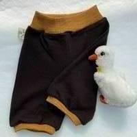 Knielange Shorts aus 100% Wolle (Merinowolle) dunkelbraun mit goldmelierten Wollbündchen / Gr. 74 Bild 3