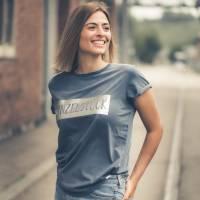 Damen-Shirt BIO *Einzelstück* Print silber - aus 100% fairer und ethischer Herstellung - LOOSE FIT Bild 1