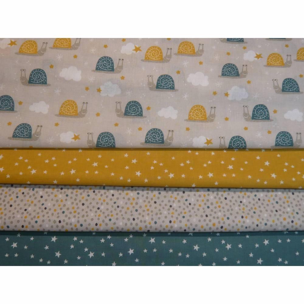 4 x 0,5m Stoffpaket, süße Schnecken, Sterne, Pünktchen petrol gelb Bild 1
