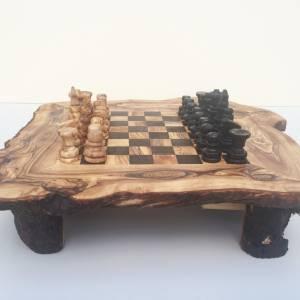 Schachspiel rustikal, Schachtisch Gr. M inkl. Schachfiguren, handgefertigt aus Olivenholz, Geschenk. Bild 5