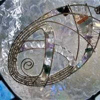 Großer Anhänger Unikat handgemacht am Reif mit Fluorit, Koralle, Aquamarin pastell mint lila in wirework boho Bild 4