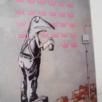 Frogsy, Druck hinter Acrylglas, Froschbild, Streetart, Banksy, Graffiti, Sprayart, Mural, Frosch Bild Bild 3
