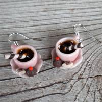 Ohrhänger rosa Kaffeetassen Ohrringe  mit Pralinen witziger Ohrschmuck Bild 1