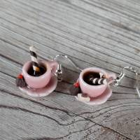 Ohrhänger rosa Kaffeetassen Ohrringe  mit Pralinen witziger Ohrschmuck Bild 3