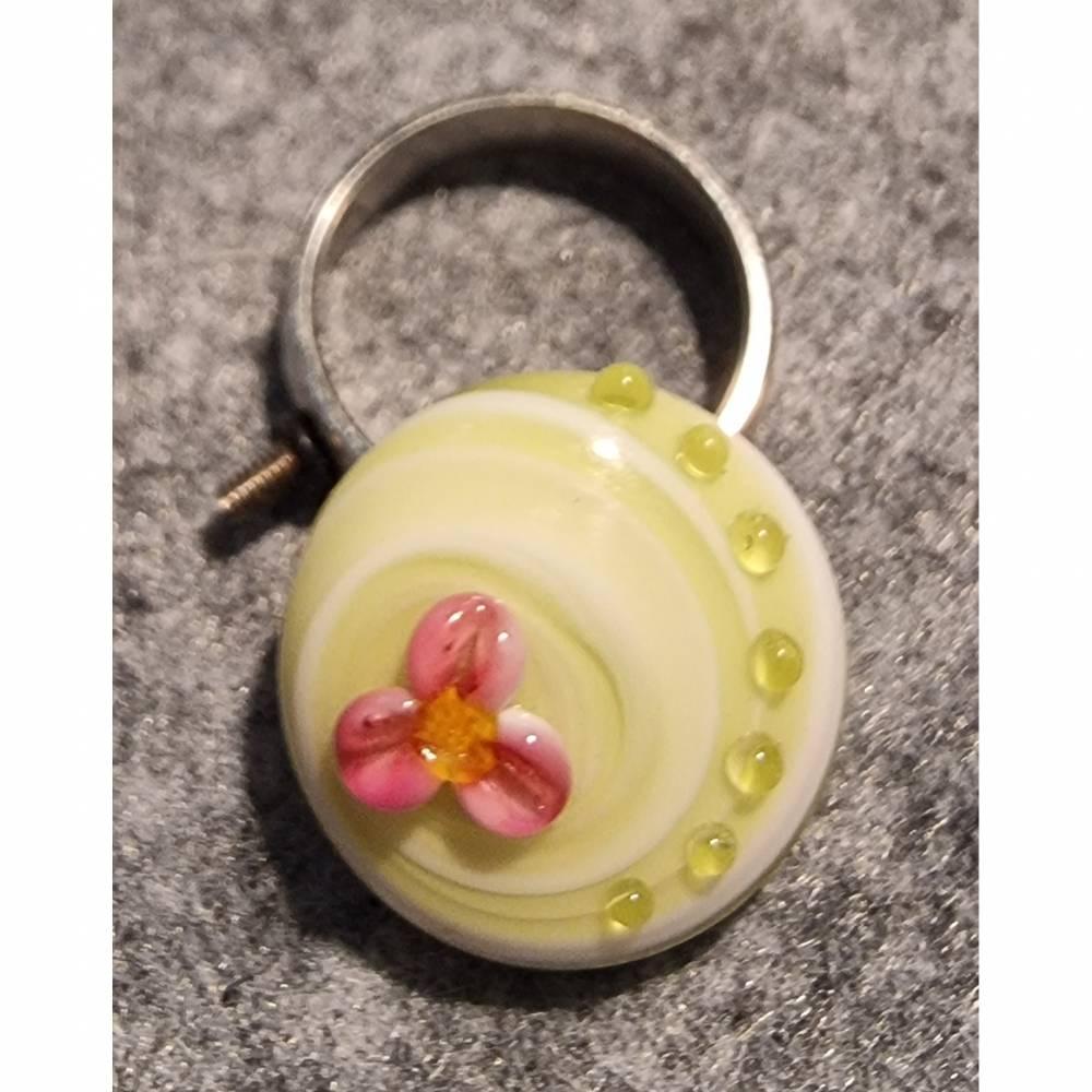 Ringtop Glas Bead Lampwork Blume mit grüner Spirale Bild 1