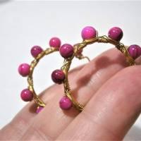 Creolen pink 35 Millimeter groß mit fuchsia Perlmutt schimmernd handgemacht in wirework goldfarben boho chic Bild 5