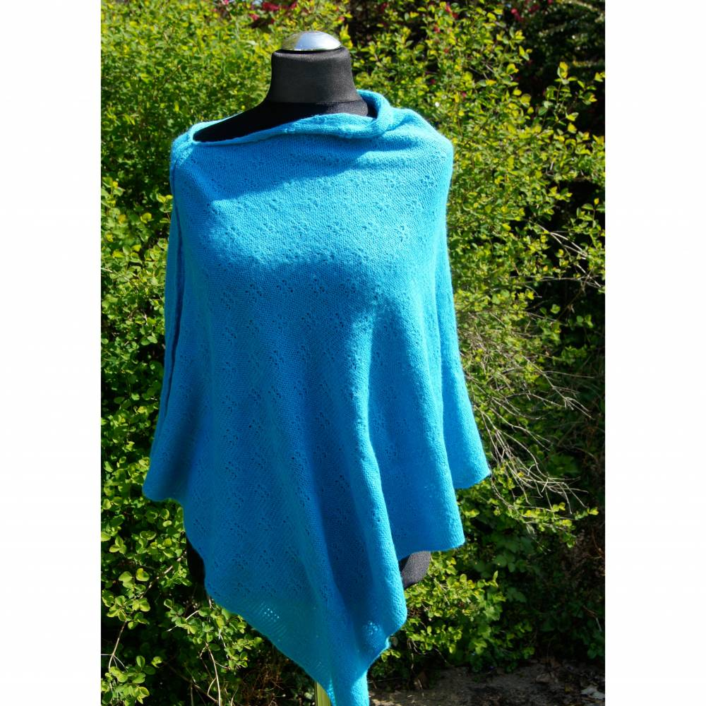 Strickponcho, Überwurf, Schulterwärmer blau Bild 1