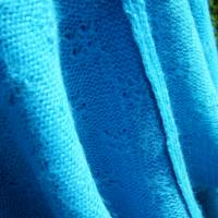 Strickponcho, Überwurf, Schulterwärmer blau Bild 7