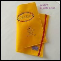 U-Heft-Hülle BABYBOY in gelb von he-ART by helen hesse Bild 8