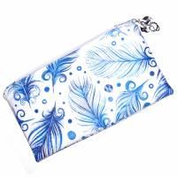 """Täschchen """"Blaue Federn"""" aus Baumwolle mit Reißverschluss - Maskentasche Etui Kosmetiktasche Kulturtasche Bild 1"""