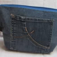 Waschbare blaue Bauchtasche, nachhaltige flache Hüfttasche, Jeans Upcycling, Zero Waste, Hip Bag, Crossbag Bild 1