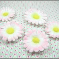Filzblüten, gefilzt, 5 Teile, Gänseblümchen, Blumen, Bastelblüten, Streudeko, Bild 1