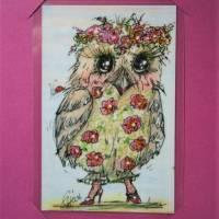 Eule im neuen Blüten Federkleid handgemalt Minibild 90 x 60 Millimeter Aquarell laminiert Geburtstagskarte Muttertag Bild 4