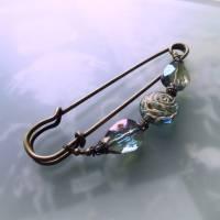 Schalnadel Rose für die Elster, 10cm bronze Schmucknadel mit böhmischen Glasperlen Bild 6