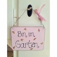 """Holzschild mit Rosen """"Bin im Garten"""" Bild 1"""