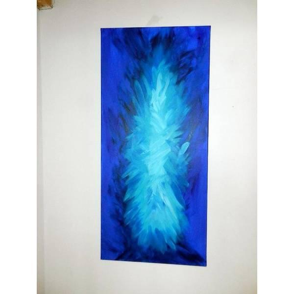 Blaue Farbexplosion Bild 1