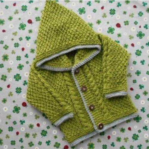 Strickjacke mit Kapuze Größe 80/86 grün grau trachtenjacke für junge kapuzenjacke trachtenmode baby kind
