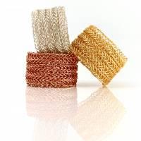 STRICKRING: Unifarbener doppelt gestrickter RING aus farbigem Kupferdraht - Farbwahl Bild 2