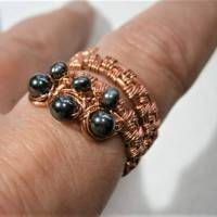 Ring handgewebt mit Keshi Perlen und Hämatit grau metallic in Kupfer wirework Daumenring Bild 5