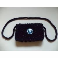 gestrickte kleine Tasche Clutch micro bag dunkelblau Bild 1