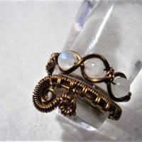 Ring handgemacht mit Mondstein im Spiralring Paisley Kupfer dunkel bronze wirework Daumenring Bild 5