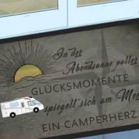 """Fußmatte für Camper """"Camperherz"""" mit Wohnmobil-Motiv bedruckt. Prima Geschenk für Camping-Liebhaber. Bild 1"""