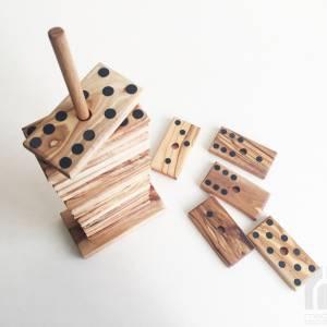Domino Spiel inklusive 28 Dominosteine und Halterung in XL Ausführung, Natur Spielzeug Geschenkidee, handgefertigt aus O Bild 4