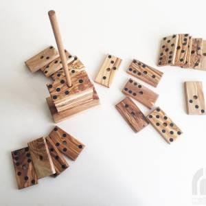 Domino Spiel inklusive 28 Dominosteine und Halterung in XL Ausführung, Natur Spielzeug Geschenkidee, handgefertigt aus O Bild 5