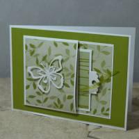 Popping Flap Karte mit Schmetterling Bild 1
