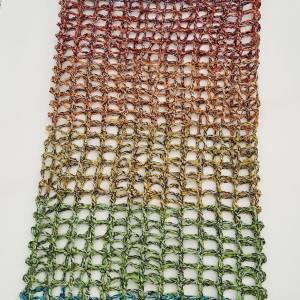 sommerlicher Schlauchschal im Netzmuster, Farbverlaufsgarn Bild 5