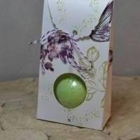Geschenktasche mit Guckloch für Badebombe - Kolibri Bild 1
