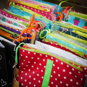 Lunchbag groß, Frühstückstüte, Strandtasche für nasses Schwimmzeug, petrol- gelb, wasserabweisend Bild 9
