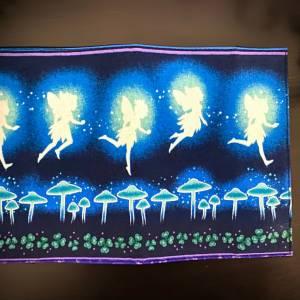 Impfpasshülle Dancing Pixies für Erwachsene, Umschlag, Impfausweis Hülle, schlicht, glow in the dark Bild 4