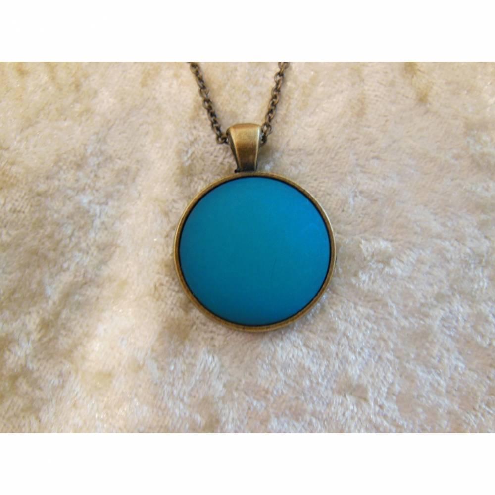 Trendige Bronze Kette mit mattem Polaris Cabochon, türkisblau Bild 1