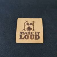 "Kunstlederlabel ""Make it loud"" mit Schlagzeug Bild 1"