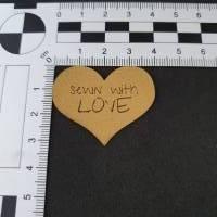 "Kunstlederlabel ""Sewn with love"" Bild 2"