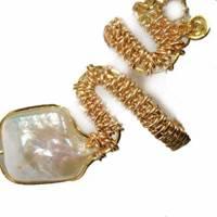 Ring handgefertigt mit Biwaperle weiß Spiralring boho Schlangenring verstellbar Perlenring  Bild 5
