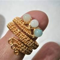 Ring handgemacht Amazonit türkis mint pastell Spiralring wirework goldfarben boho Daumenring Bild 5