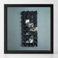 Light and shadow II // Origami-Wandbild im Objektrahmen Bild 1