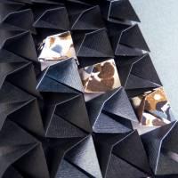 Light and shadow II // Origami-Wandbild im Objektrahmen Bild 3