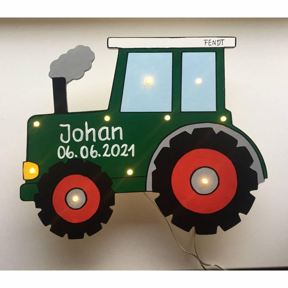 Traktor, Schlepper, Kinderlampe Wandlampe Personalisiert Bild 1