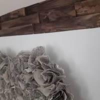 Handgefertigter Altholzrahmen mit großem Herz aus Buchseiten auf Leinwand Bild 5