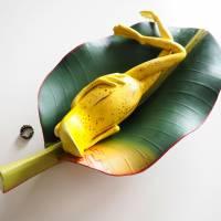 Bananenfrosch, Froschskulptur, Froschkönig, Froschplastik, Frosch Figur, modellierter Frosch, Toy Art, figurative Art Bild 1