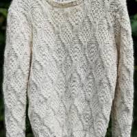 Dieser Pullover wurde von mir mit viel Liebe und Sorgfalt gearbeitet Bild 1