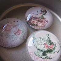 """6 Cabochon Magnete groß Alice im Wunderland Vintage Stil Rosen """"Alice"""" Geschenkidee  Bild 2"""