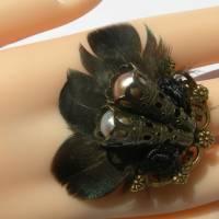 Ring steampunk Feder schwarz bronzefarben gothic Bild 3